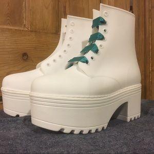 Jeffrey Campbell white platform boots size 7